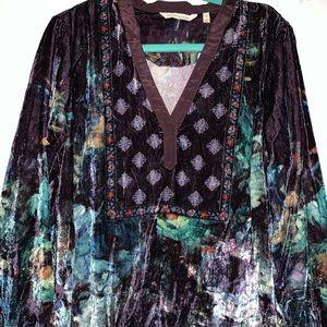 NWT Soft Surroundings Velvet Floral Tunic Top